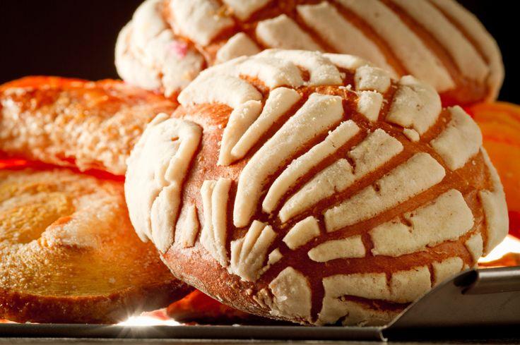 Uno de los panes típicos mexicanos son las conchas en esta receta son de vainilla que saben deliciosas!!!