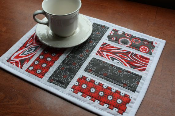 Mug Rug Snack Mat Placemat Candle Mat Red $16