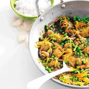 Recept - Indische kipsmoor met tuinerwten - Allerhande......Dit is echt een topper!!! Komt hier regelmatig op tafel :-)