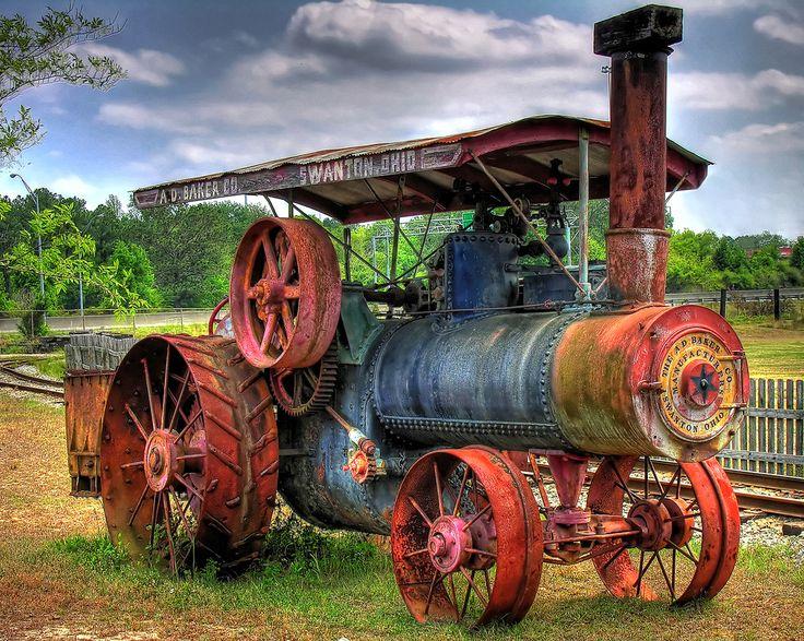 Картинка старый трактор