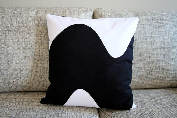 Marimekko wave pillow