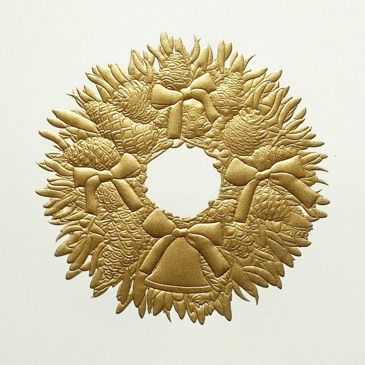 Glamorous gold engraved Christmas Wreath designed as the leading christmas card for 2017 grosvenorstationerycompany.com