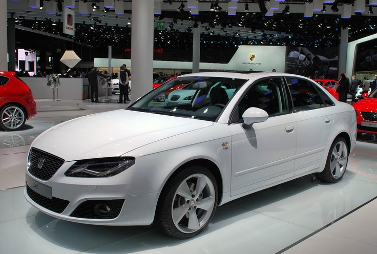 Очень похожий на родителя Audi A4 — Seat Exeo 2012-го модельного года