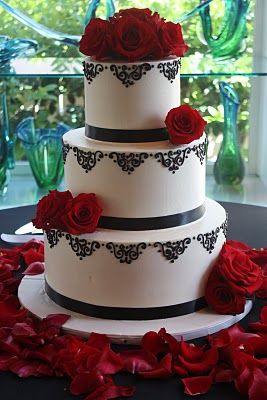 black, white and red wedding cake: Red Wedding Cakes, Idea, Cupcakes Decor, Black And White, Theme Cakes, White Wedding Theme, White Wedding Cakes, Black White Red, Red Black