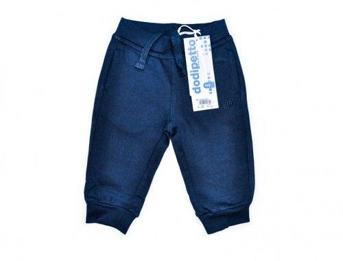 Dodipetto – Παντελόνι Για Μωρά Αγόρια      Χειμωνιάτικο παντελόνι για μωρά αγόρια.     Χρώμα: Μπλέ.     Σύνθεση: 93% Βαμβάκι, 7% Ελαστίνη.     Μάρκα: DODIPETTO     Προέλευση: ΙΤΑΛΙΑ