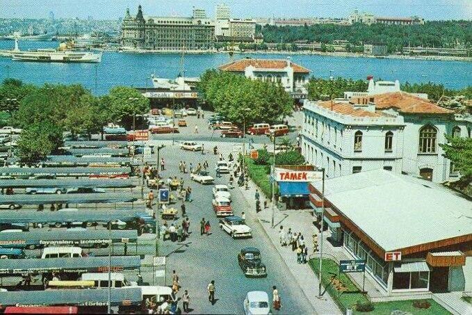 1970'lerden kalma bir Kadıköy kartpostalı... #ArşivDeşen