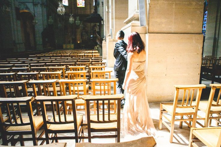 Runaway with me - Wedding Photography in Paris - Through The Glass https://throughtheglass.photo - Wedding, pre-wedding, elopement, romatic photographers in Paris