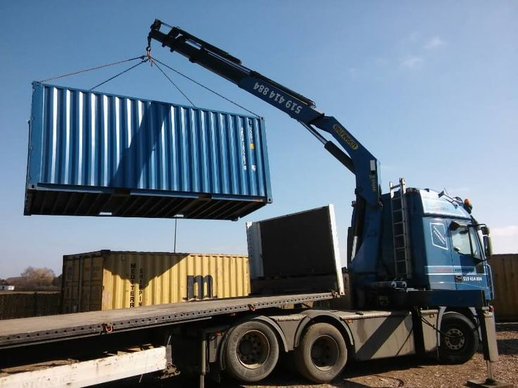 Sea container loading