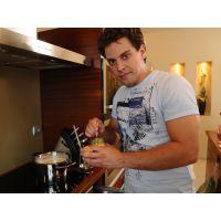 Celebek vacsora csatája, - Vacsoracsata receptek: Vacsoracsata - Nagy Sándor a vendéglátó