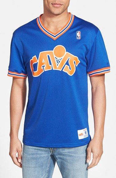 Men's Mitchell & Ness 'Cleveland Cavaliers' Tailored Fit Mesh T-Shirt