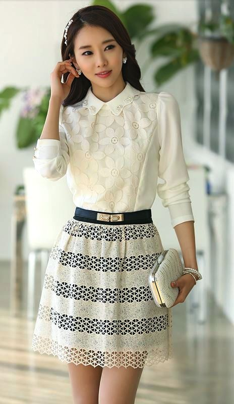 Beaded Collar Three Quarter Sleeves Floral Blouse