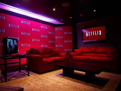 Do you think travellers with actually use *NETFLIX!    Yes    or      NO  Some days you just want to Kickback and Relax when on holidays, or maybe travelling for business you want some down time in the evenings.   Platinum Apartments will start offering *NETFLIX_*inside our Apartments....get the details!   Book direct through our website platinum-apartments.com.au and you receive FREE  * Unlimited NBN WI-FI  * Cable TV - FOXTEL with platinum channel package * NETFLIX in most apartments