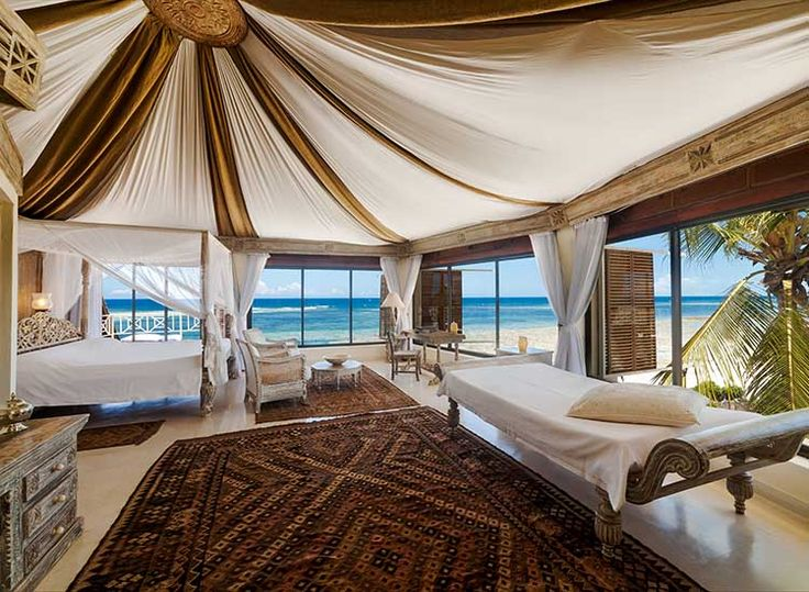 How to have a proper honeymoon in Kenya // TravelAge West // © 2016 Alfajiri Villas