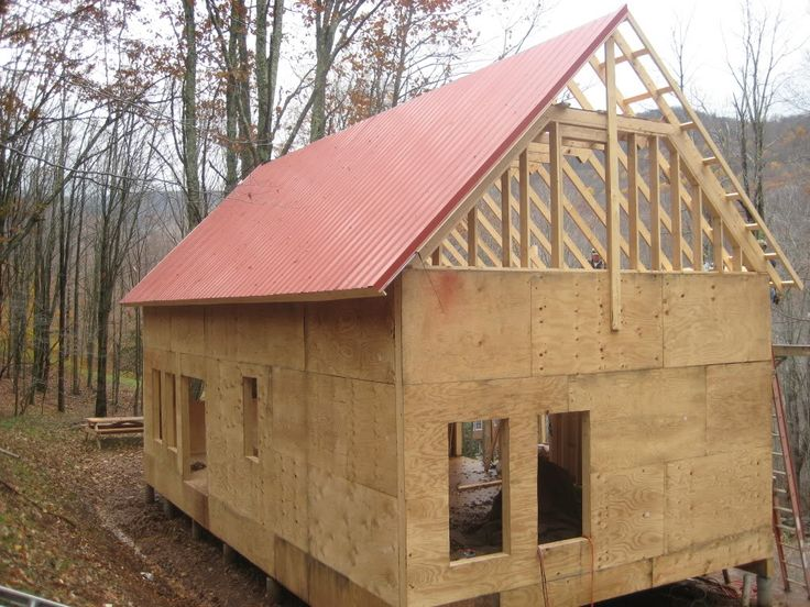 Dave and kim 39 s 1 1 2 story 20x40 cabin pics roof for 20x40 cabin