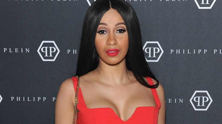 Cardi B Crowned The First Female Rapper To Release A No. 1 Solo In Almost 20 Years