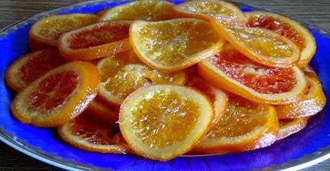 Karamelizované pomaranče sú v našej rodine najobľúbenejším dezertom a navyše z nich budete zdravý a nepriberiete