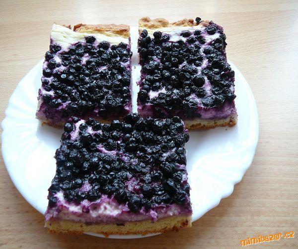 Babiččin rychlý borůvkový koláč.