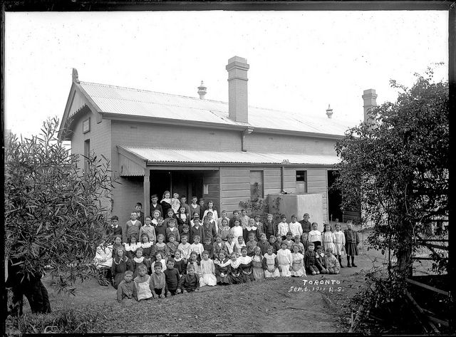 Photographs of NSW past schooling.