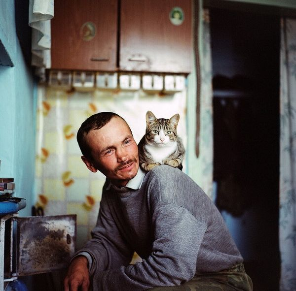 Olya Ivanova  Vova and his cat