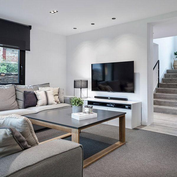 Una transformación radical para una segunda residencia de carácter rural pero con un interior adaptado a la forma de vida y gustos modernos de sus propietarios. Tres pisos transformados por completo...