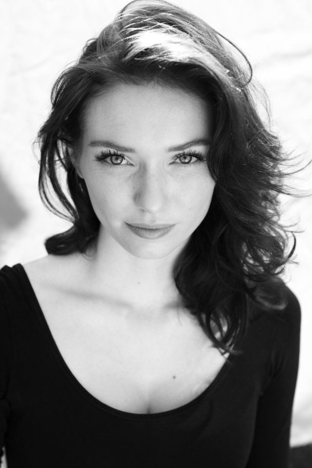 her name's Eleanor Tomlinson, and i'm like WHAAT!!