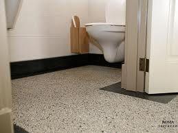 (terrazzo) vloer laten doorlopen van hal naar toilet - Google