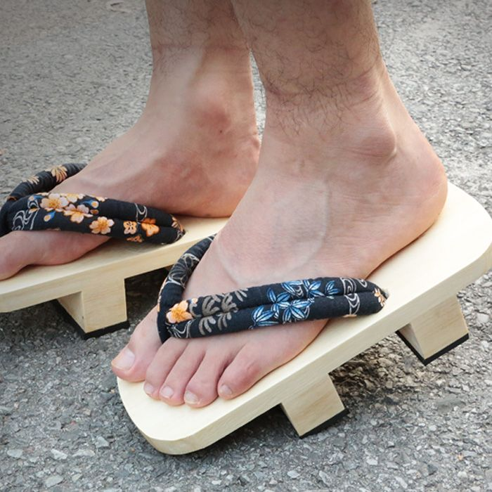 check price catching heel flip flops men platform sandals japanese geta clogs wooden paulownia male #wooden #clogs