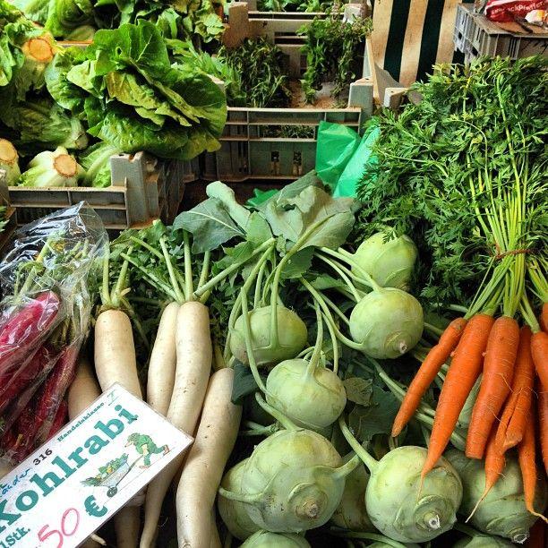 Wir haben News für dich: Gemüsebrühe kannst du ganz einfach selber machen. Ganz ohne Geschmacksverstärker!