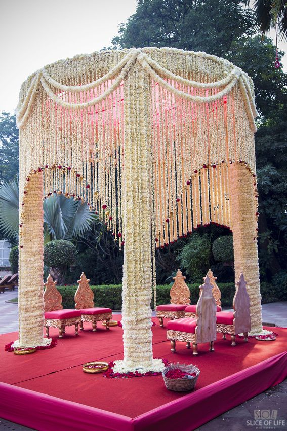 Wedding Mandap In Jasmine Flowers Wedding Hall Decorations