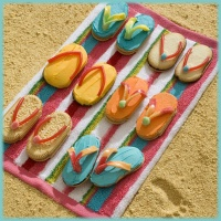 Divertidas galletas para desayunos y meriendas.: Beaches Theme, Cute Ideas, Summer Desserts, Summer Parties, Beaches Parties, Flip Flops, Pools Parties, Milano Cookies, Flops Cookies