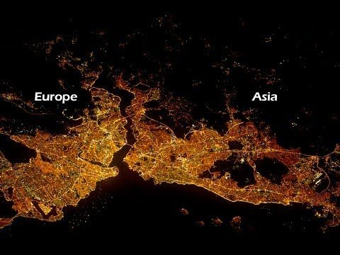 All Alone in the Night - Time-lapse footage of the Earth as seen from the ISS - YouTube