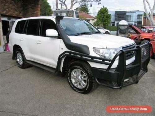 2011 Toyota Landcruiser VDJ200R 09 Upgrade GXL (4x4) White Automatic 6sp A #toyota #landcruiser #forsale #australia