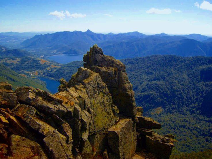 Vista al Tinquilco y el Caburgua, Parque Nacional Huerquehue, Pucón, Región de la Araucanía, Chile