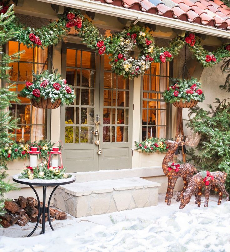 Holiday Entryway Decorating Ideas Part - 43: Show Your Holiday Spirit With Christmas Door Decorating Ideas That Are  Affordable And Easy To Install.
