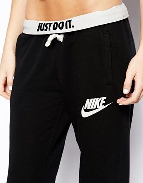 nike sweatpants. I have these and I absolutely love them! I'm wearing them now!