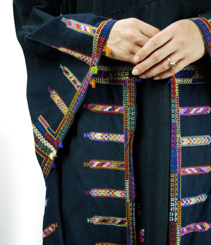 Palestinian embroidery caftan