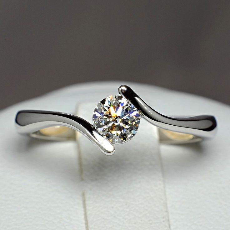 Inel de logodna din Aur cu diamant 060