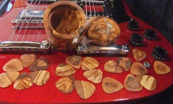 Guitar Picks gift set 20 olive wood Plectrums by ellenisworkshop