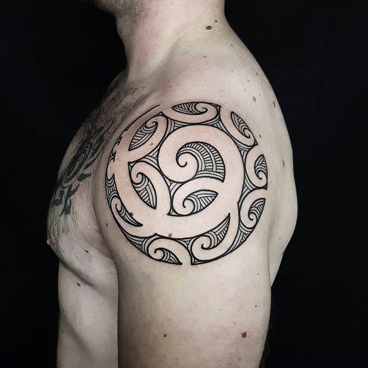 7 Best Maori Tattoos Images On Pinterest: 301 Best Images About Polynesian Tattoo On Pinterest