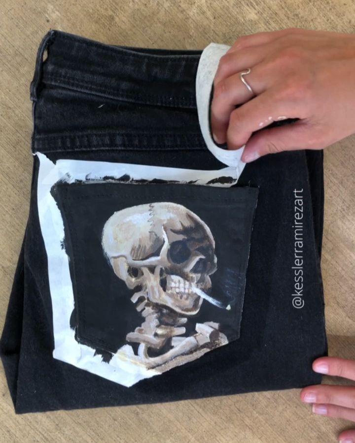 Descascando a fita deste jeans pintado por Van Gogh Skull   – α ɾ ƚ