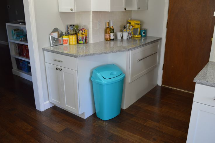 100+ Colored Kitchen Trash Cans - Rustic Kitchen Lighting Ideas Check more at http://cacophonouscreations.com/colored-kitchen-trash-cans/
