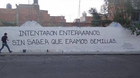 lalobalocaart: Un muro en La Piedad, Michoacánhttp://regeneracion.mx/ #YaMeCanse2