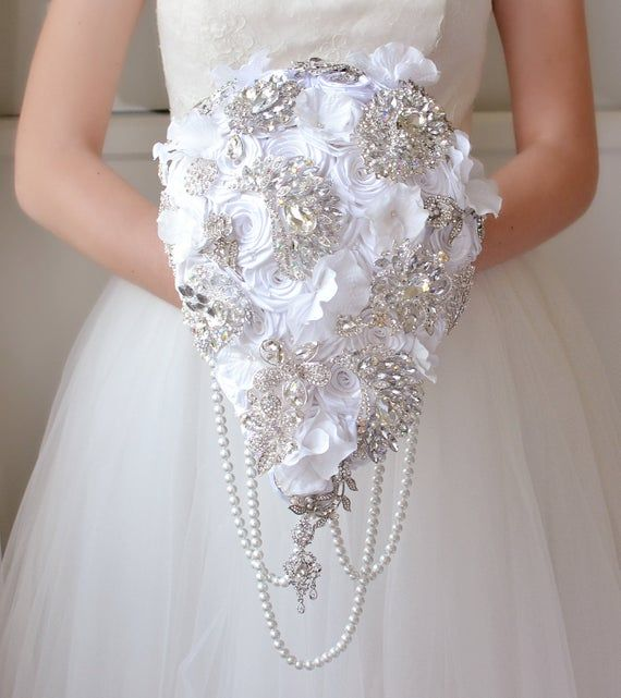 Wedding Bouquet White Crystal Flowers Brooch Bouquet Roses