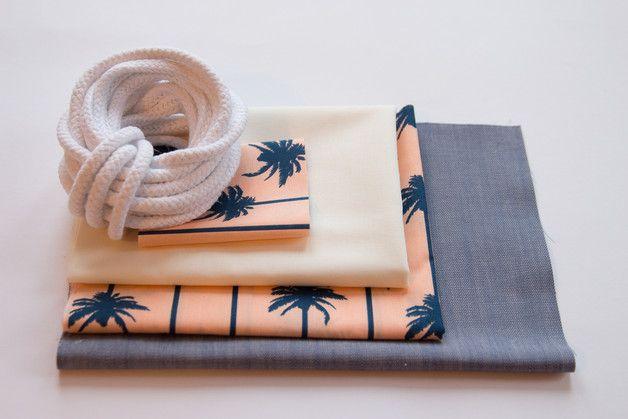 Bastelset - DIY Kit Bastelset Nähpaket Turnbeutel blaue Palmen - ein Designerstück von Loewenliebes bei DaWanda