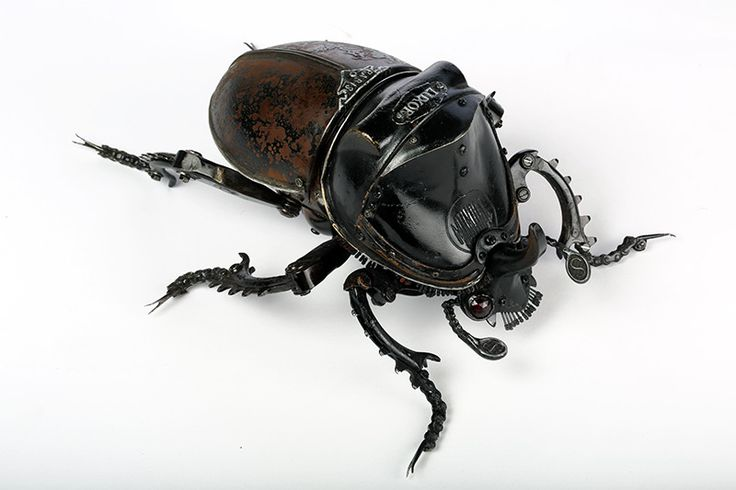 New Animal and Insect Assemblages Made from Repurposed Objects by Edouard Martinet  #sculpture #insects #assemblage #animals