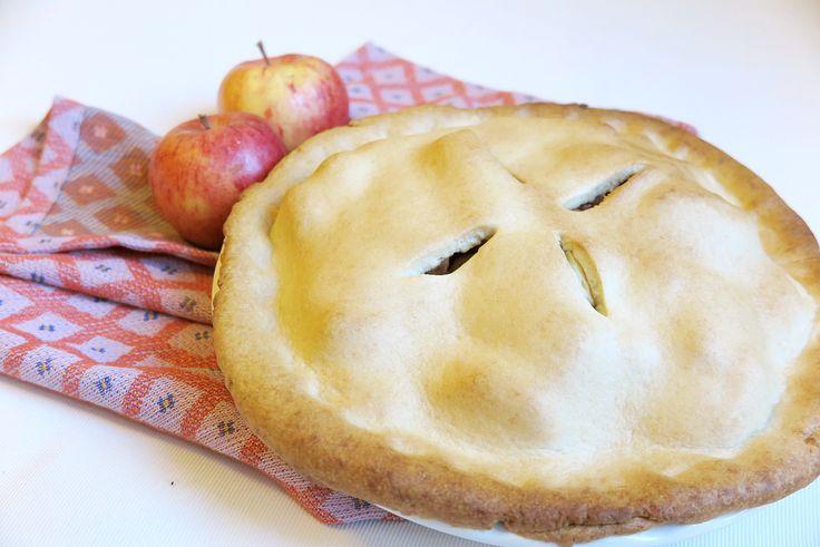 Autunno? Primi freddi? Scaldatevi con la torta di Nonna Papera :D Ecco la ricetta facile della apple pie, la torta di mele americana alla cannella. La amerete!
