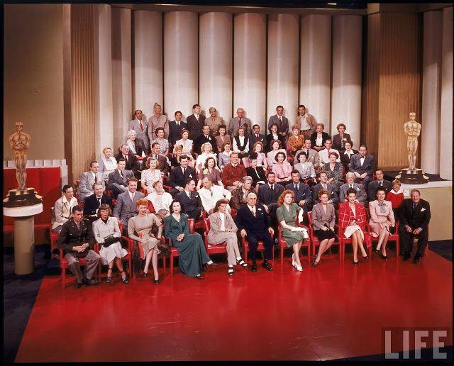 De 20-ste verjaardag van MGM! Hollywood 1943 met alle verzamelde sterren van toen....