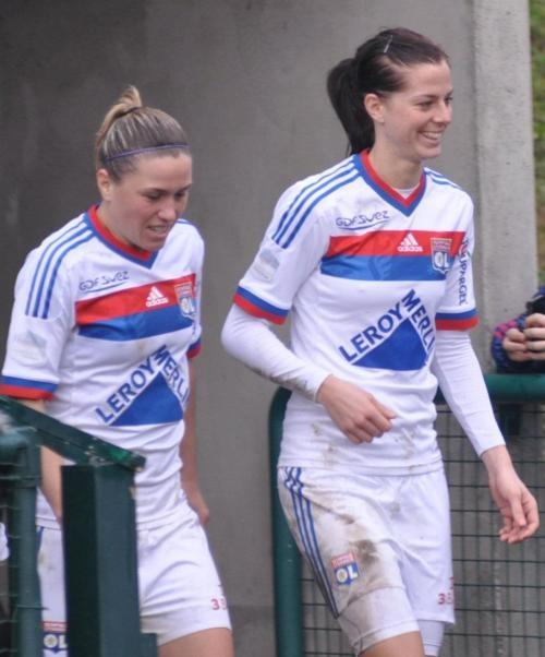 Camille Abily et Lotta Scelin Olympique Lyonnais