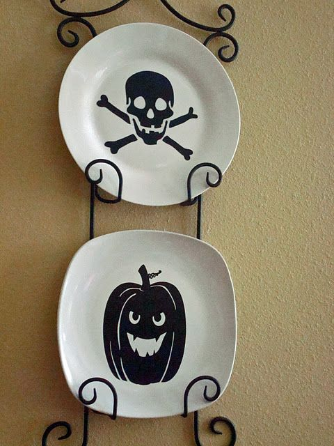 Decorating for Halloween: DIY Project Ideas