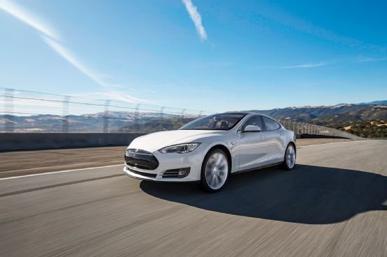 2013 Tesla Model S P85  Arrival - Motor Trend